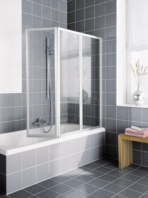Duschkabinen mit Innentüren - ein Raumsparwunder